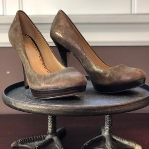 Coach iridescent Brown Buffy Heel- barely worn!
